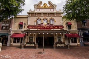 main-street-usa-opera-house-disneyland